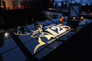141399102 Glenfiddich Breaks World Record at Auction - EAT LOVE SAVOR International luxury lifestyle magazine and bookazines