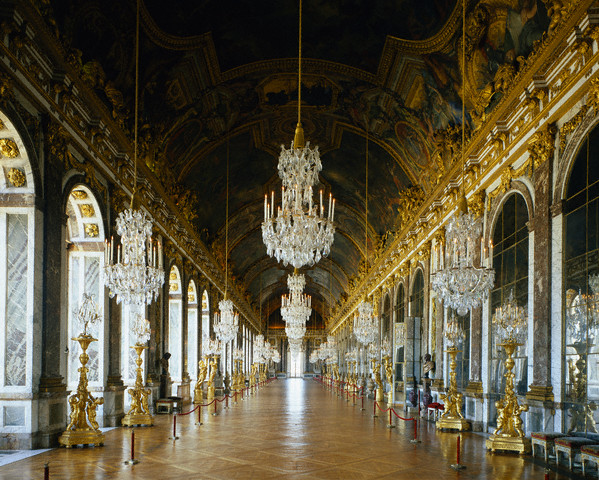 Discover chandeliers luxuriously brilliant earliest inceptions aloadofball Gallery