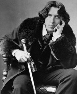 ELS Discover Oscar Wilde img Discover: Oscar Wilde, the Iconic Writer, Extravagant Man EAT LOVE SAVOR International luxury lifestyle magazine and bookazines