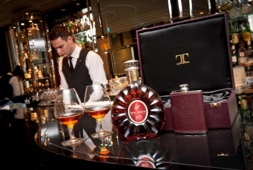 Remy XO and Thomas Lyte 9 Remy Martin XO Excellence & Thomas Lyte: Limited Edition Gift Set EAT LOVE SAVOR International luxury lifestyle magazine and bookazines