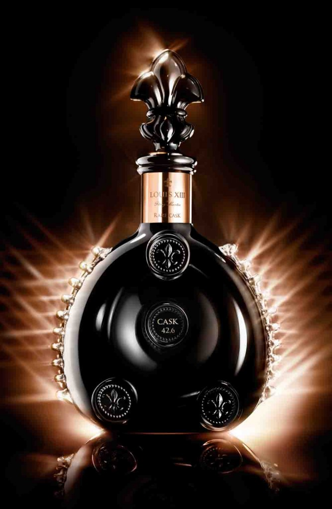 LOUIS XIII Rare Cask Beautyshot decanter Louis XIII Rare Cask 42,6: A Unique Adventure Of The Outer Limits Of Sensation - EAT LOVE SAVOR International luxury lifestyle magazine and bookazines