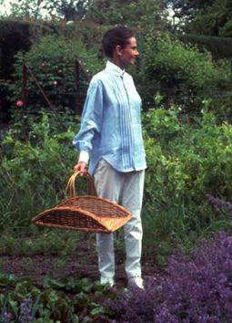 gardens of the world audrey hepburn Gardens of the World with Audrey Hepburn EAT LOVE SAVOR International luxury lifestyle magazine and bookazines