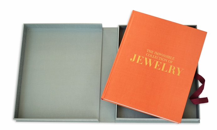 impossible collecton of jewelry book cover READING: The Impossible Collection of Jewelry by Vivienne Becker - EAT LOVE SAVOR International luxury lifestyle magazine and bookazines