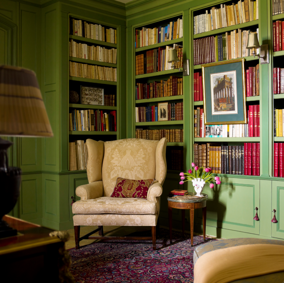 Timothy corrigan chateau library