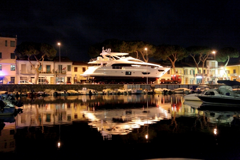 Azimut Grande 95RPH Model From The Most Exclusive Collection Among Range Was Launched In Viareggio On April 15th 2014