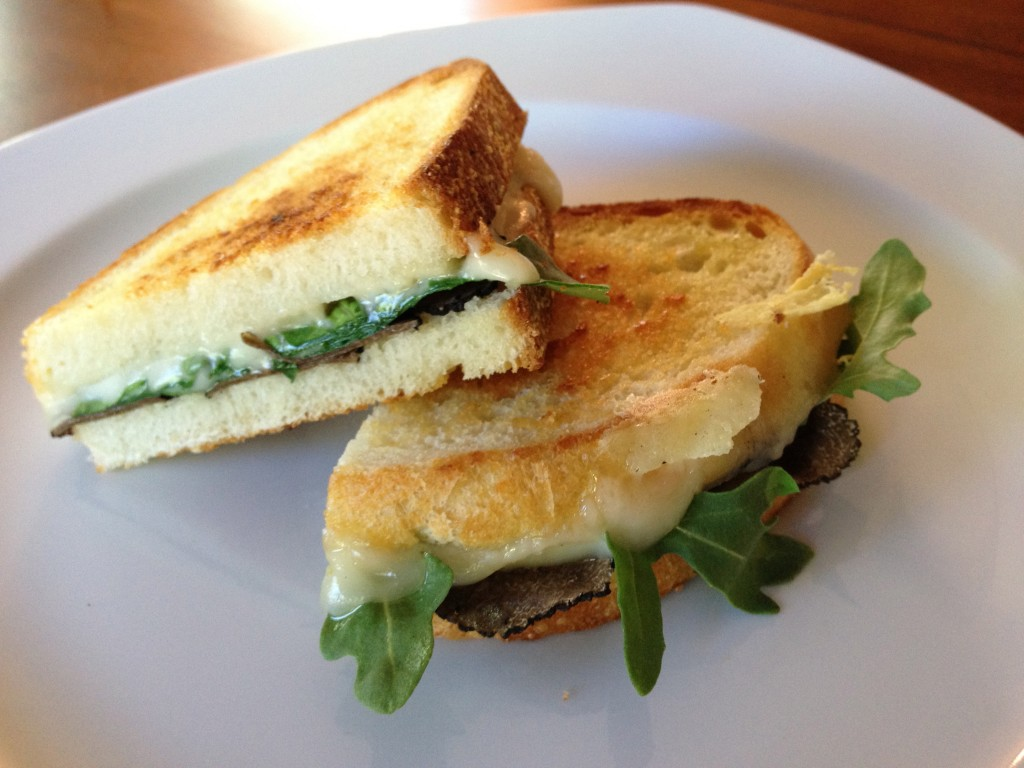 Grilled_Cheese_with_Truffle_Oil-1024x768
