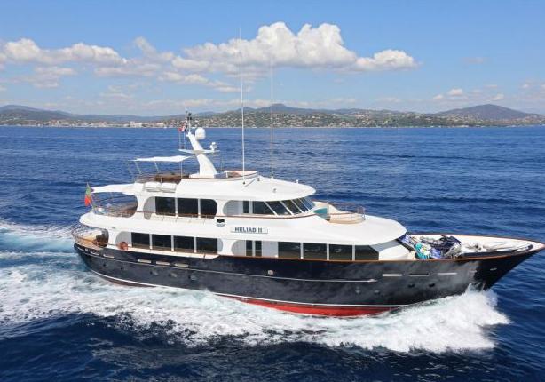 heliad II fraser yachts