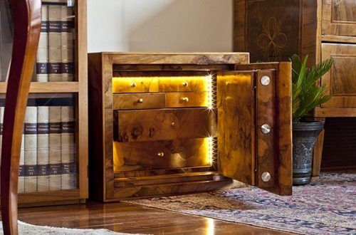 conforti safe Conforti Exclusive Safes in Briar-Root: A Style of Security Dating Back to the Renaissance - EAT LOVE SAVOR International luxury lifestyle magazine and bookazines