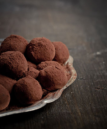 chocolate truffes Recipe: Chocolate Truffles with Chaï Impérial EAT LOVE SAVOR International luxury lifestyle magazine and bookazines