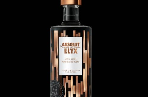 Elyx Black Background Discover: Absolut ELYX a New Definition of Luxury Vodka EAT LOVE SAVOR International luxury lifestyle magazine and bookazines