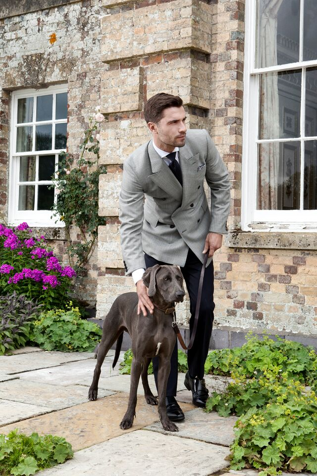huntman gentleman with dog Huntsman Fashions: His and Hers British Stylish Elegance Since 1849 - EAT LOVE SAVOR International luxury lifestyle magazine and bookazines