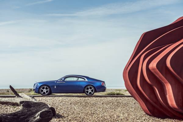 Rolls Royce Wraith - luxury lifestyle magazine - EAT LOVE SAVOR