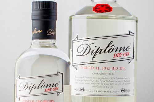 Diplome 2 sizes smll Discover: Historic 1945 French Diplôme Dry Gin EAT LOVE SAVOR International luxury lifestyle magazine and bookazines