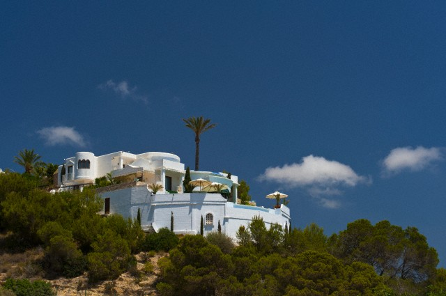 Ibiza, Spain --- Spain, Ibiza, Villa on hillside; Es Jondal --- Image by © Ian Cumming/Design Pics/Corbis