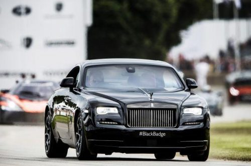 P90224970 lowRes rolls royce celebrat Rolls-Royce Celebrated Another Successful Goodwood Festival of Speed Featuring the #BlackBadge - EAT LOVE SAVOR International luxury lifestyle magazine and bookazines