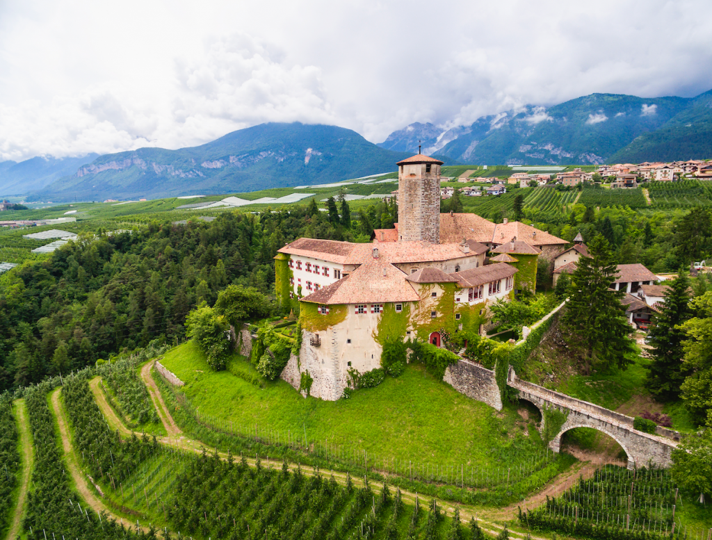 Castle Valer - eat love savor luxury lifestyle magazine