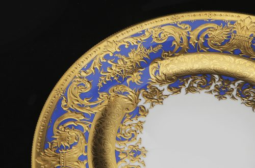 grant macdonald tableware gold rim Discover Grant Macdonald Luxury Bespoke Service Fit for Royalty - EAT LOVE SAVOR International luxury lifestyle magazine and bookazines