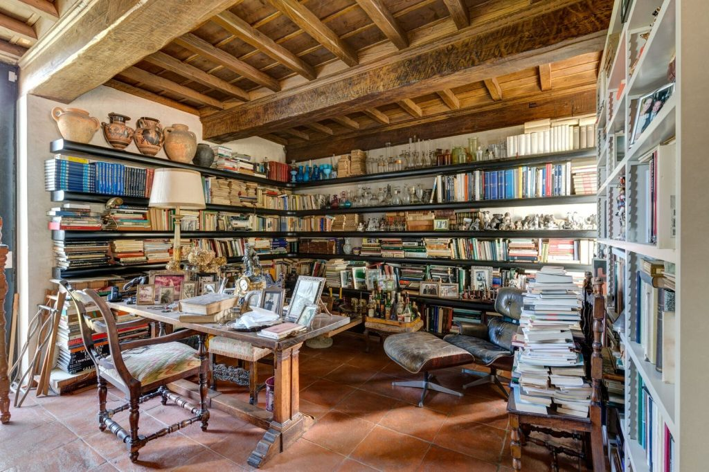 florence-farmhouse-library- eat love savor luxury lifestyle magazine