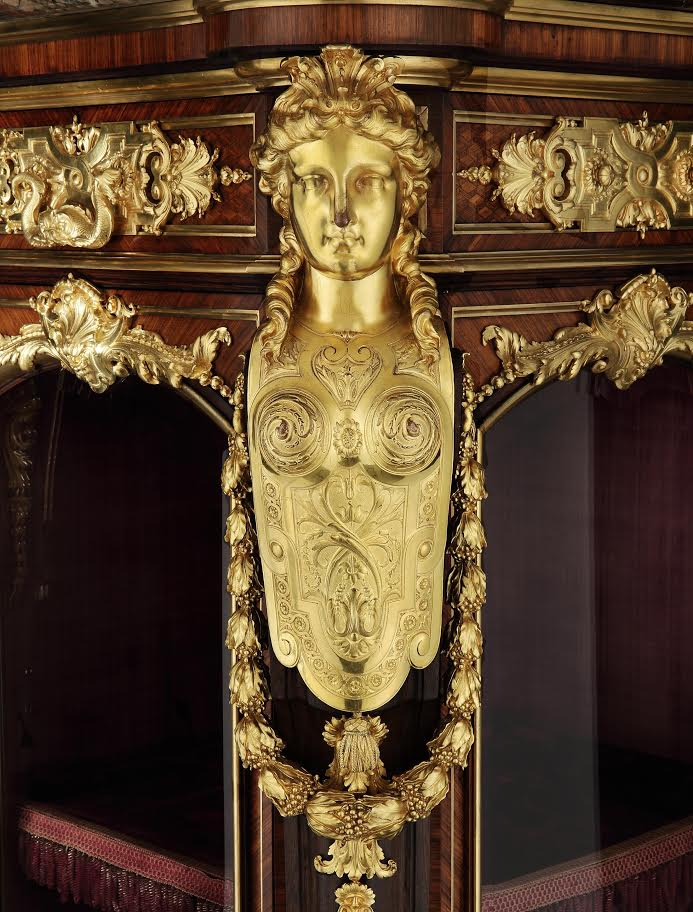 8563 Vienna Exhibition Cabinet by Gueret Freres close up