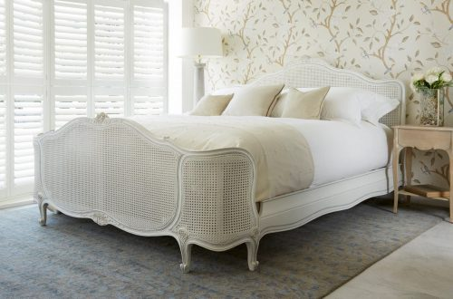 simon horn bed white Luxury Bed Trend: Big Headboards EAT LOVE SAVOR International luxury lifestyle magazine and bookazines