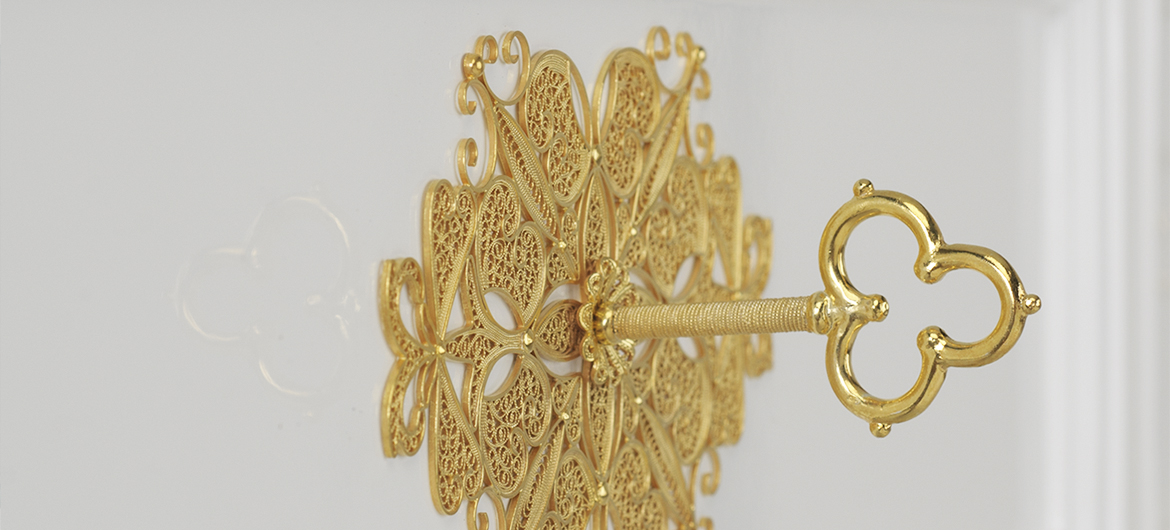 filigree key details bessa Discover The Art of Filigree on Furnishings by Bessa Design - EAT LOVE SAVOR International luxury lifestyle magazine and bookazines