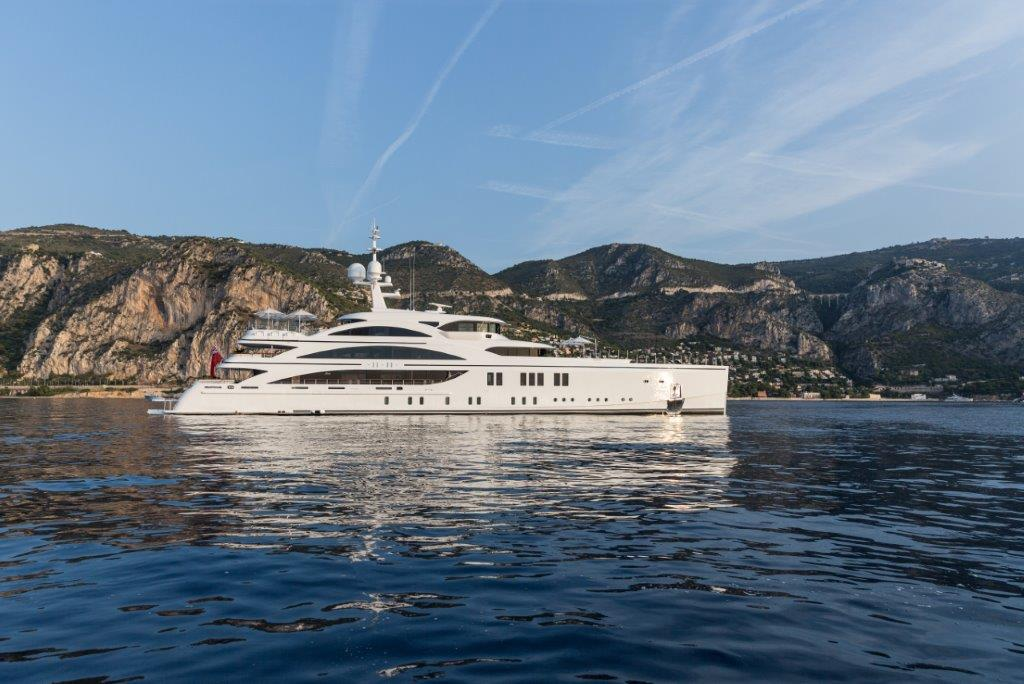 Benetti - eat love savor luxury lifestyle magazine