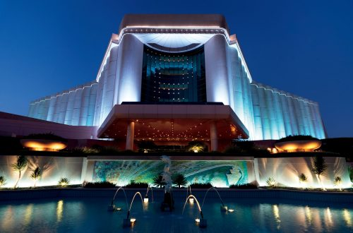 ritz carlton bahrain - eat love savor luxury lifestyle magazine