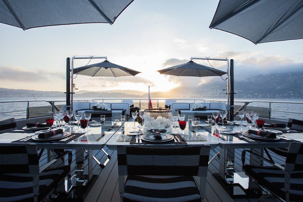 Okto Upper deck dining Sumptuous Sicily: The Best Restaurants on the Island EAT LOVE SAVOR International luxury lifestyle magazine and bookazines
