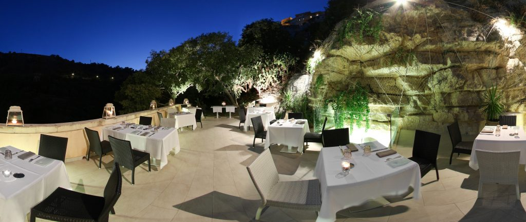 Restaurant-Sicily-Locanda-Don-Serafino - eat love savor - luxury lifestyle magazine