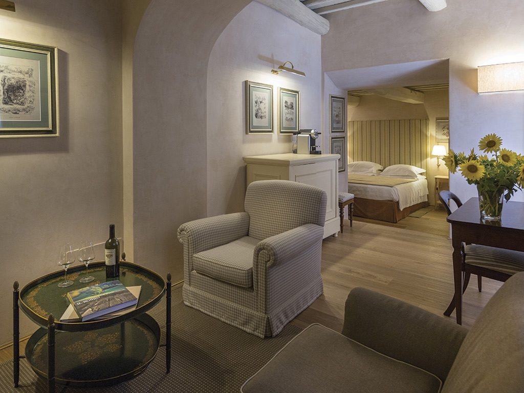 il borro deluxe suite Luxury Escapes: Olive Harvesting Experience from Luxo Italia - EAT LOVE SAVOR International luxury lifestyle magazine and bookazines