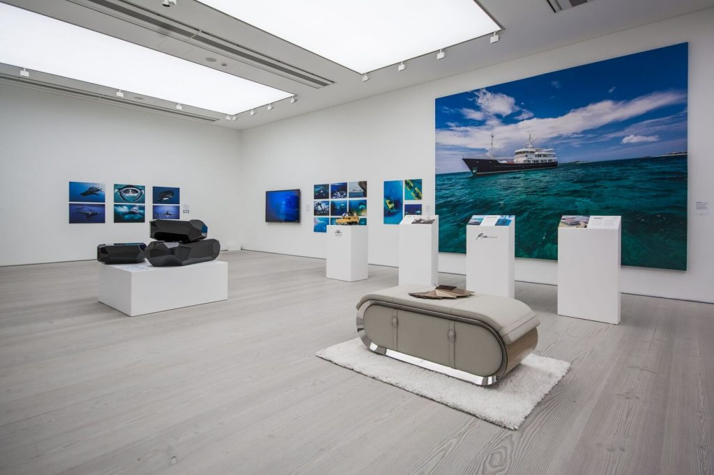 superyacht art display All bow for the SuperYacht Gallery at Saatchi London - EAT LOVE SAVOR International luxury lifestyle magazine and bookazines