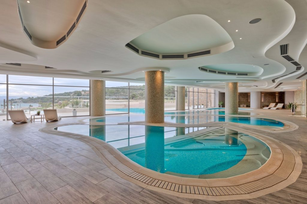 pool miraggio spa Wellness for Yacht Owners: Moor at Miraggio Thermal Spa Resort EAT LOVE SAVOR International luxury lifestyle magazine and bookazines