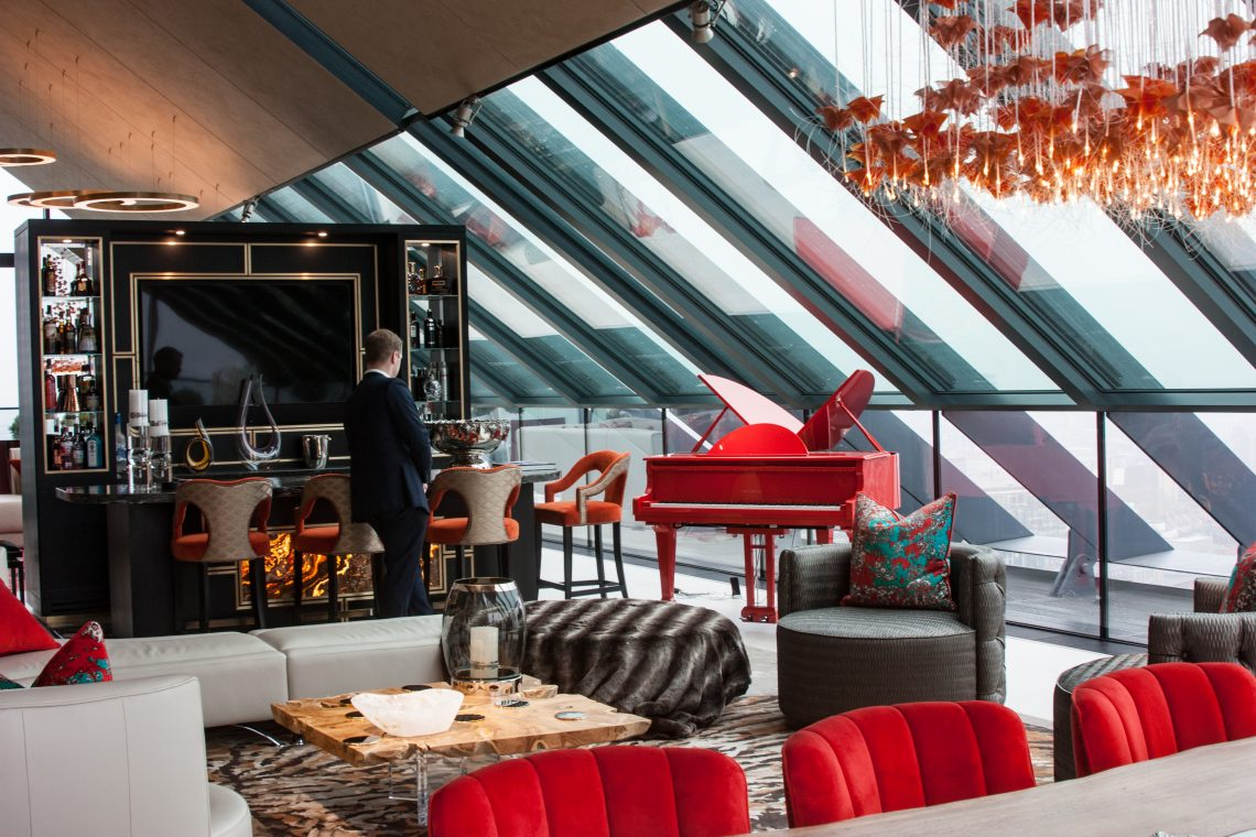 Bespoke Red Sygnet at Neo Bankside 13
