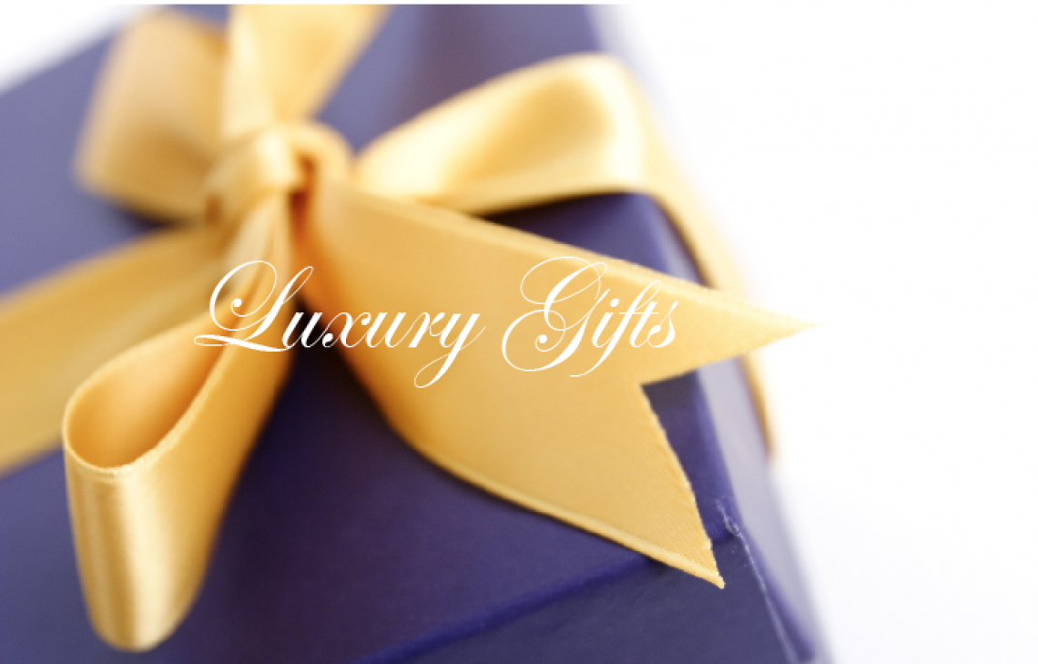 luxury gifts Gift Guide of Splendidly Beautiful Things and Experiences EAT LOVE SAVOR International luxury lifestyle magazine and bookazines