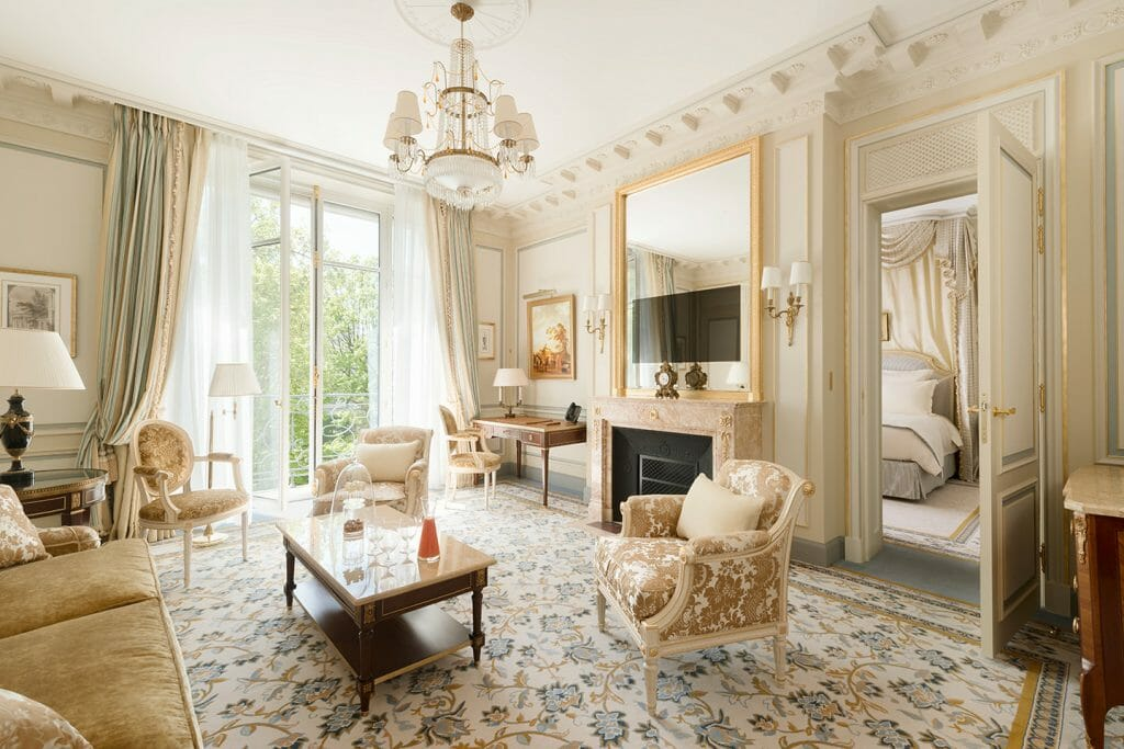 suite Ritz Paris - luxury lifestyle magazine - eat love savor