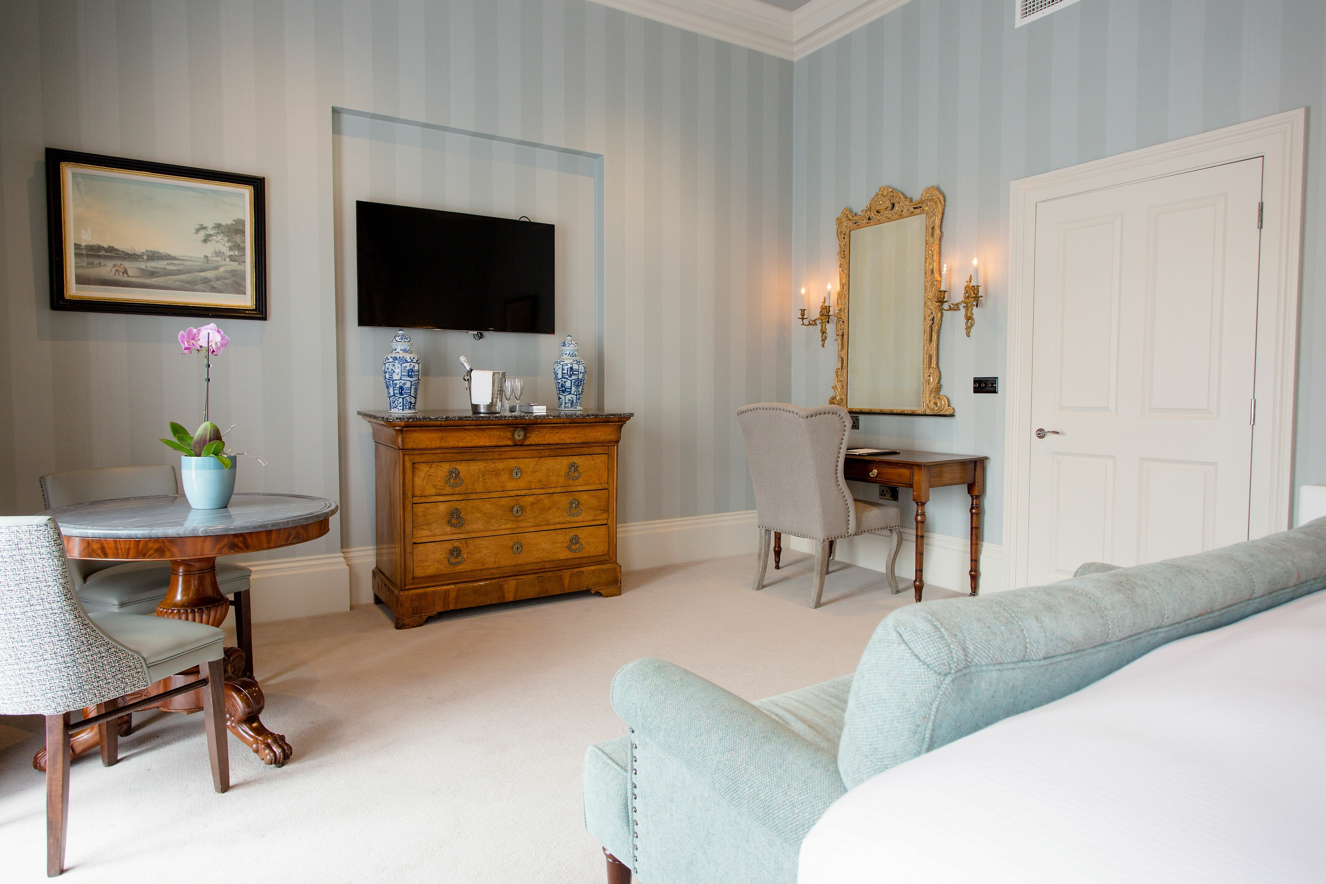 Junior Suite 2 Escape to The Grange Hotel for an Intimate Country House Setting in York EAT LOVE SAVOR International luxury lifestyle magazine and bookazines