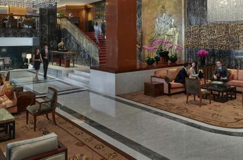 mandarin oriental hotel hong kong 18 hotel lobby 01 LTI Releases World's Best Hotel Brands List 2019 - EAT LOVE SAVOR International luxury lifestyle magazine and bookazines