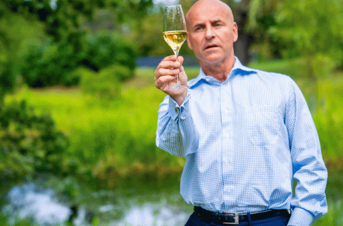 richard juhlin champagne masterclass World Leading Champagne Expert Richard Juhlin Launches Master Class at Starflow - EAT LOVE SAVOR International luxury lifestyle magazine and bookazines