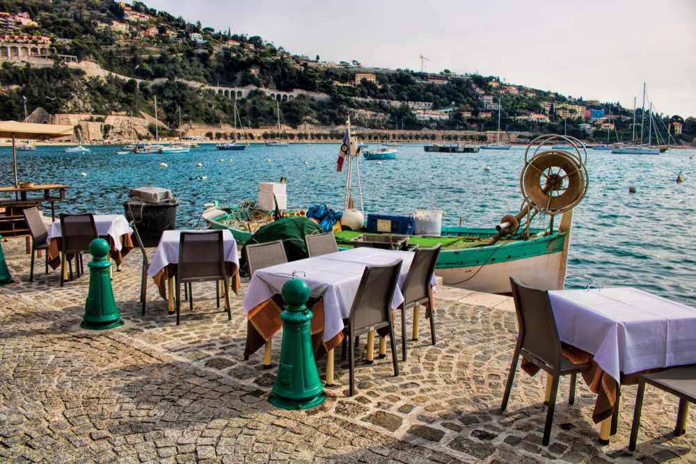 BEST RESTAUTANTS IN CAP FERRAT RESTAURANT PORT Tantalise your tastebuds and explore the best restaurants in Cap Ferrat - EAT LOVE SAVOR International luxury lifestyle magazine and bookazines