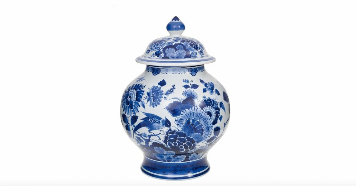 blue vase with lid royal delft Timeless Luxury - Blue and White Porcelain: Discover Royal Delft - EAT LOVE SAVOR International luxury lifestyle magazine and bookazines