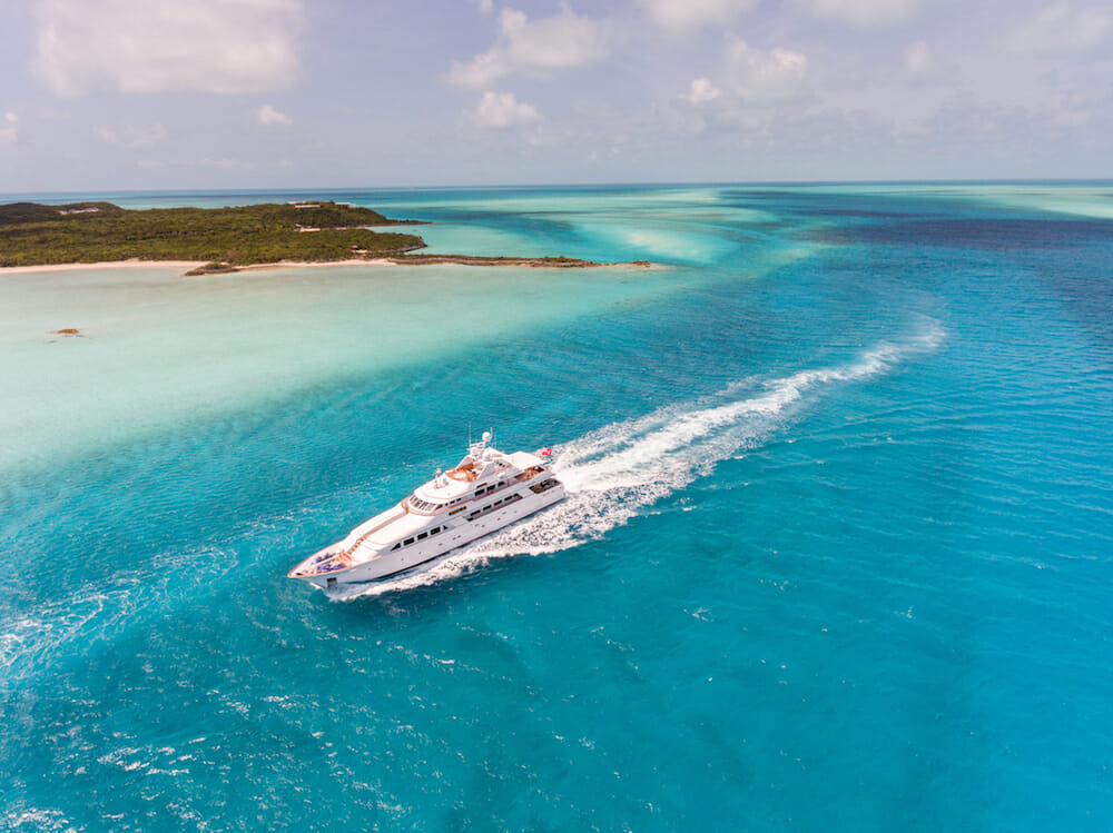 motor yacht lady j The True Bahamas Experience with Luxury Charter Yacht Lady J - EAT LOVE SAVOR International luxury lifestyle magazine and bookazines