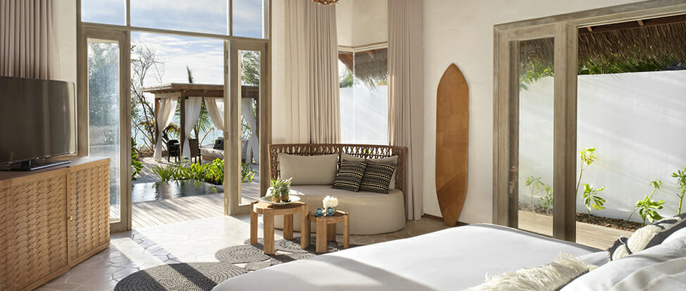 Deluxe Beach Sunrise Sunset Bedroom 01 Luxury Learning Escapes with a Difference - EAT LOVE SAVOR International luxury lifestyle magazine and bookazines